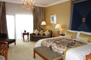 Room, Kreungthep Wing, Shangri La